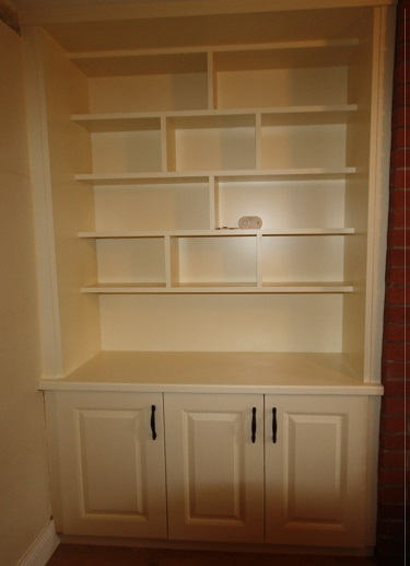 Built In Shelf Unit With Doors Underneath