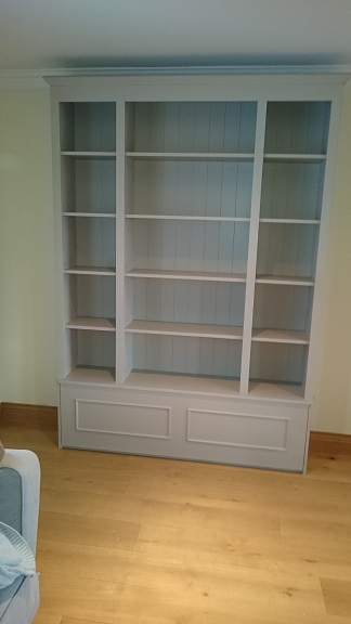 Sitting Room Bookshelf Unit