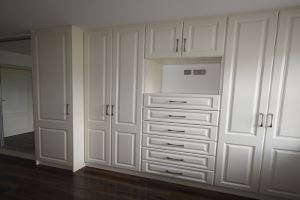 Wall to Wall Fitted Wardrobe
